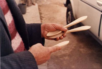 Cucharas de madera (2)